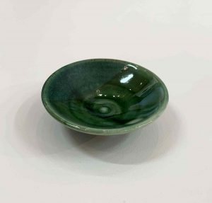 kerri-holmes-green-pinch-bowl